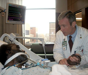 Dr. Wes Ely tests a patient for ICU delirium. Click on the photo to listen to or read a Nashville NPR report on Dr. Ely's study on ICUs and delirium.